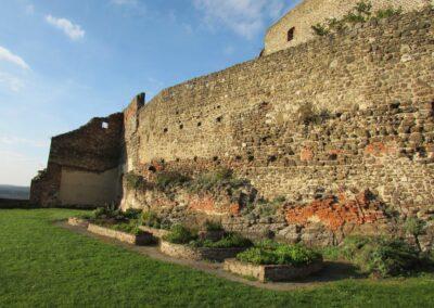 Burgenland - Güssing - Alte Mauern der Burg