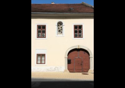 Burgenland - Purbach - Pfarrhofseingang