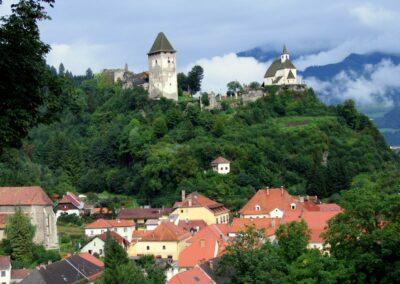 Kärnten - Friesach - Ruinen der Burg Petersberg