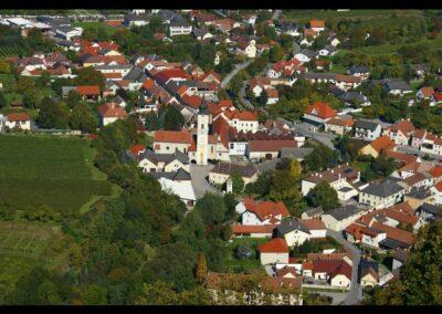 Niederösterreich - Furth bei Göttweig - Luftaufnahme von der Gemeinde