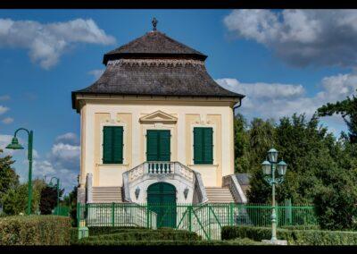 Niederösterreich - Guntramsdorf - Gartenpavillon des ehemaligen Schlosses Guntramsdorf