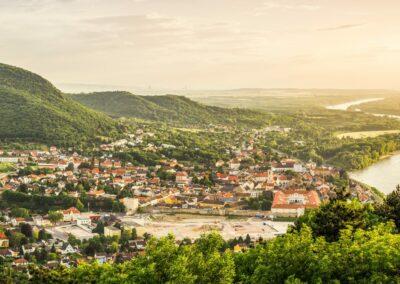 Niederösterreich - Hainburg an der Donau - Panoramabild der Stadt