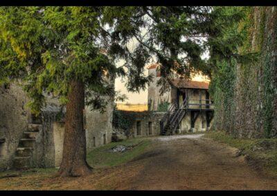 Niederösterreich - Kirchschlag in der Buckligen Welt - Burghof in der Burgruine