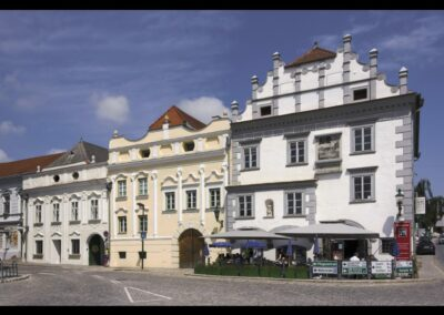 Niederösterreich - Langenlois - Wohn- und Geschäftshäuser am Kornplatz