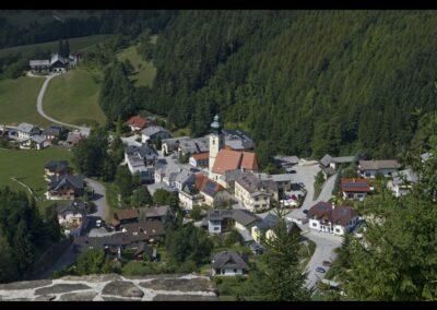 Niederösterreich - Reinsberg - Gmeinde mit Pfarrkirche Hl. Johannes der Täufer