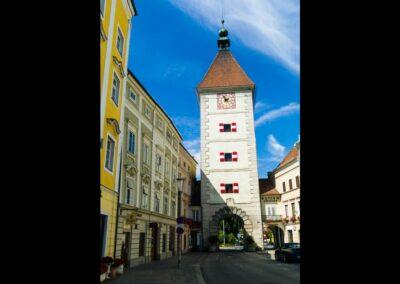 Oberösterreich - Wels - Stadtplatz mit Stadttor