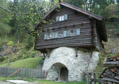 Sbg - Mauterndorf - ein Haus in Mauterndorf