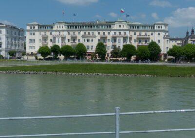 Sbg - Salzburg - Hotel Sacher im historischem Stadtzentrum 2