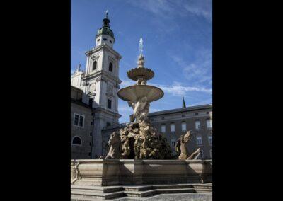Sbg - Salzburg - Residenzbrunnen am Residenzplatz