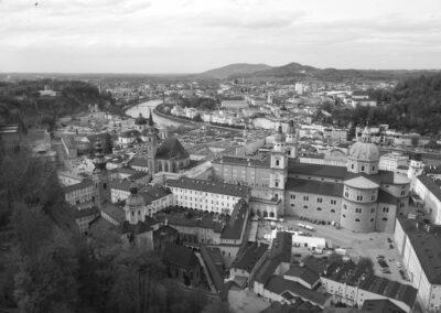 Sbg - Salzburg - Stadt in schwarz und weiss
