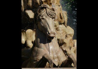 Sbg - Salzburg - eines der Pferde des Residenzbrunnens 2