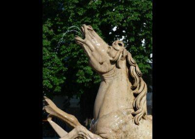 Sbg - Salzburg - eines der Pferde des Residenzbrunnens