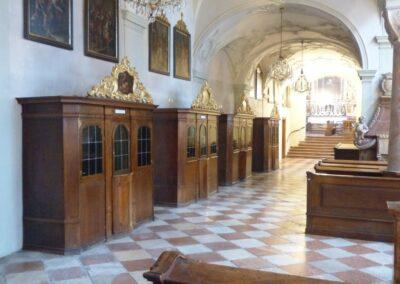 Sbg - Salzburg - linkes Seitenschiff der Stiftskirche St. Peter