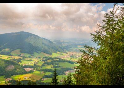 Sbg - Unternberg - Blick auf den heimeligen Ferienort