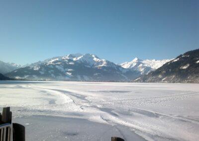 Sbg - Zeller See - mit dicker Eisschicht