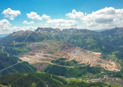 Stmk - Eisenerz - Blick auf Eisenerz und den Eisenerzer Alpen