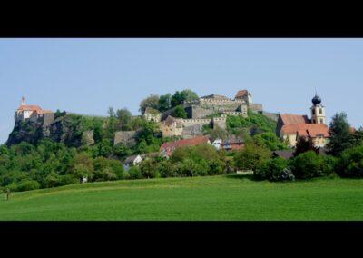 Stmk - Riegersburg - mit Blick auf die Burg