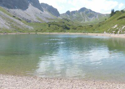 Tirol - Gebirgssee Lache in den Allgäuer Alpen