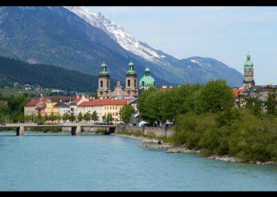 Tirol - Innsbruck - mit Dom und dem Inn