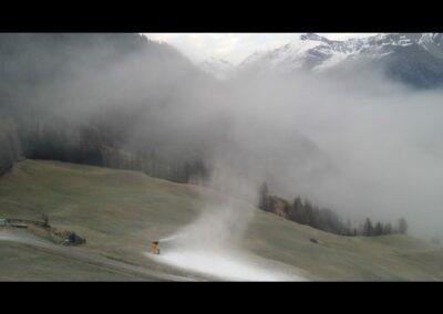 Tirol - Künstliche Beschneiung im Skigebiet Sölden