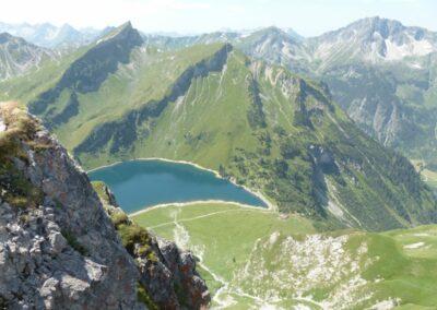 Tirol - Traualpsee im Gemeindegebiet von Tannheim