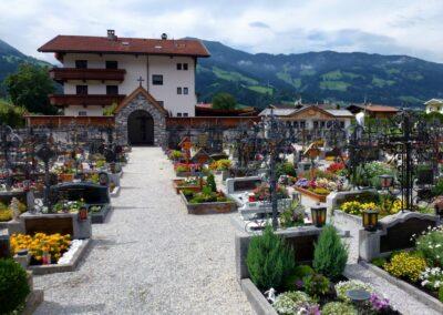 Tirol - Uderns - Friedhof