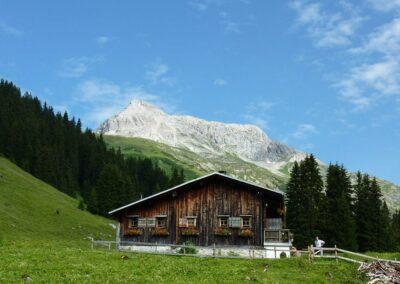 Bild zeigt: Berghütte unterhalb des Karhorn