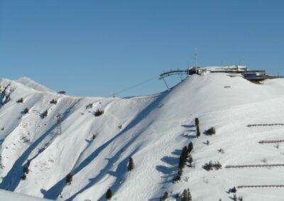 Bild zeigt: Bergstation Kanzelwandbahn im Winter