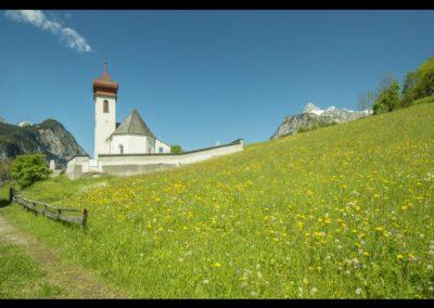 Bild zeigt: Dalaas - Pfarrkirche Hl. Oswald