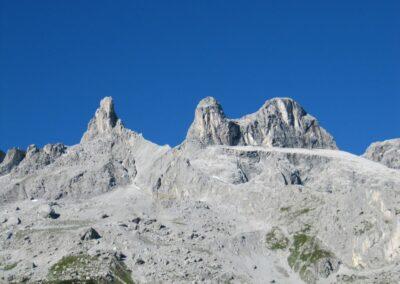 Bild zeigt: Drei Türme - drei Gipfel in der Drusenfluhgruppe