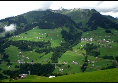 Bild zeigt: Fontanella Blick auf die Gemeinde