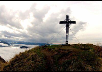 Bild zeigt: Glatthorn - Gipfelkreuz