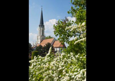 Bild zeigt: Wien - 13. Bezirk - Hietzing - Pfarrkirche Maria Hietzing
