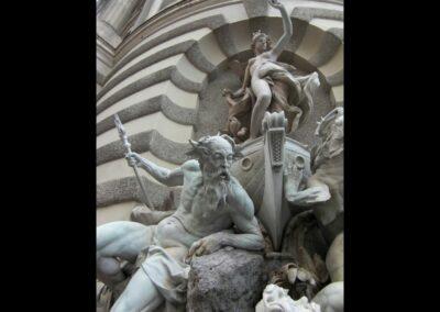 Bild zeigt: Wien - Die-Macht-Zur-See-Brunnen an der Hofburg