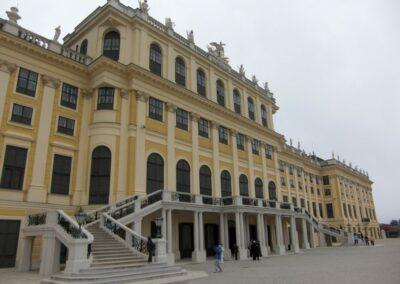 Bild zeigt: Wien - Frontansicht Schloss Schönbrunn