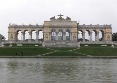 Bild zeigt: Wien - Gloriette im Schlossgarten Schönbrunn