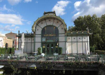 Bild zeigt: Wien - Karlsplatz, alte Stadtbahn Haltestelle