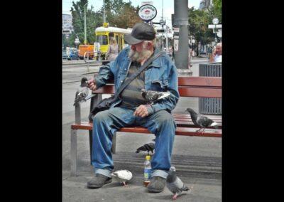 Bild zeigt: Wien - Obdachloser am Schwedenplatz