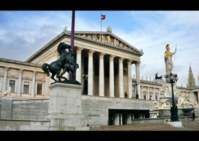 Bild zeigt: Wien - Parlamentsgebäude 3