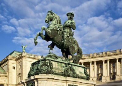 Bild zeigt: Wien - Prinz Eugen Denkmal am Heldenplatz