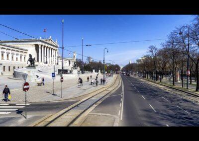 Bild zeigt: Wien - Ringstrasse mit Parlamentsgebäude