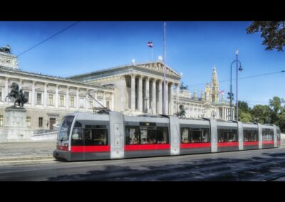 Bild zeigt: Wien - Strassenbahn vor dem Parlamentsgebäude