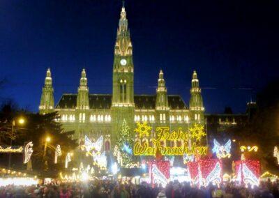 Bild zeigt: Wien - Weihnachtsmarkt am Rathausplatz