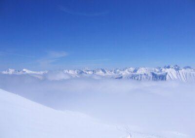 Bild zeigt: Winter in den Bergen im Kleinwalsertal