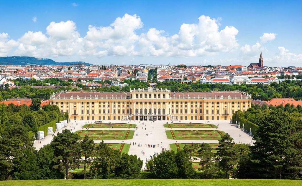 Bild zeigt: Schloss Schönbrunn